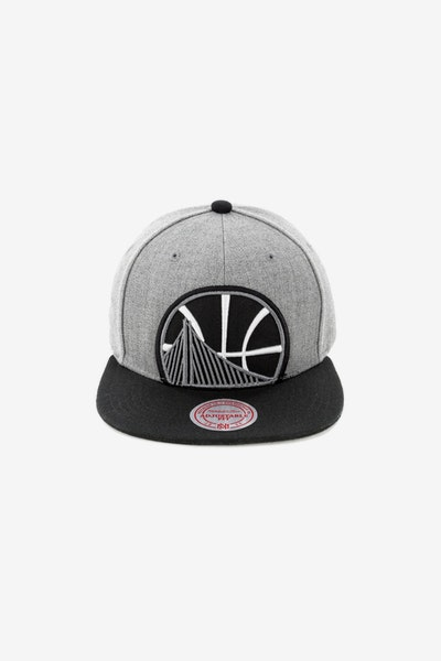 Mitchell & Ness Golden State Warriors Crop XL Snapback Grey