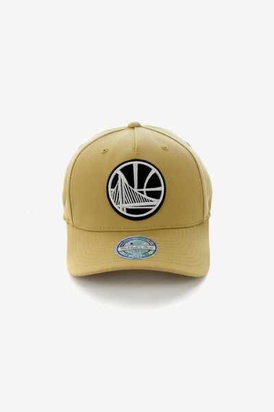 Mitchell & Ness Golden State Warriors 110 Pinch Panel Snapback Wheat