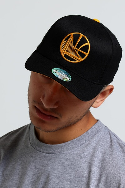 Mitchell & Ness Golden State Warriors Outline 110 Snapback Black/Yellow