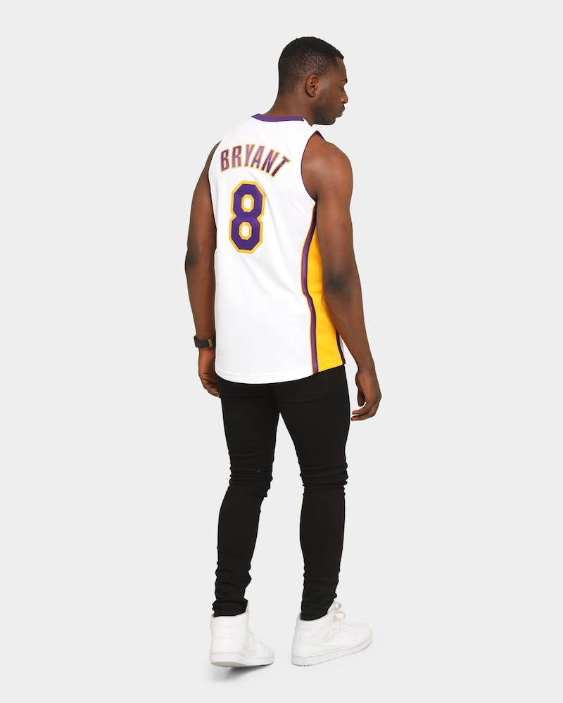 Mitchell & Ness Kobe Bryant #8 '03-'04 Authentic Los Angeles Lakers NBA Jersey White