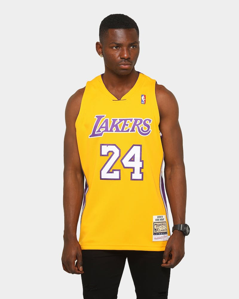 Mitchell Ness Los Angeles Lakers Kobe Bryant 24 08 09 Authentic Nba Culture Kings Us