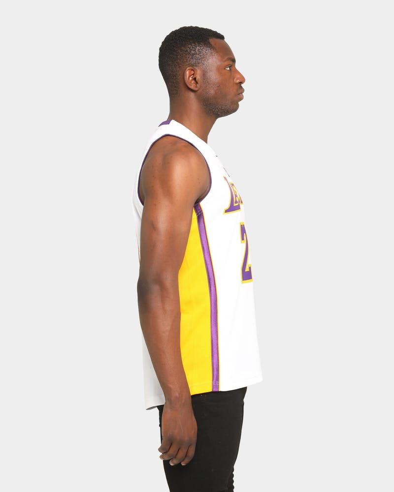 Mitchell & Ness Kobe Bryant NBA Finals '09-'10 #24 Authentic Los Angeles Lakers Jersey White
