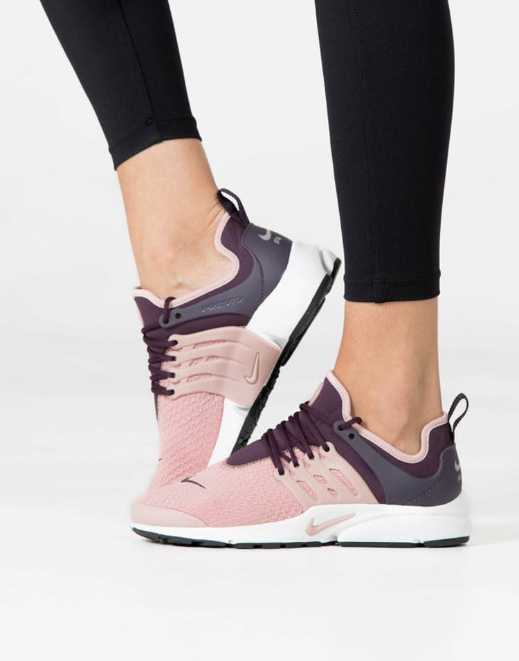 the best attitude 89c95 aa98a Nike Women's Air Presto Pink/Burgundy/White