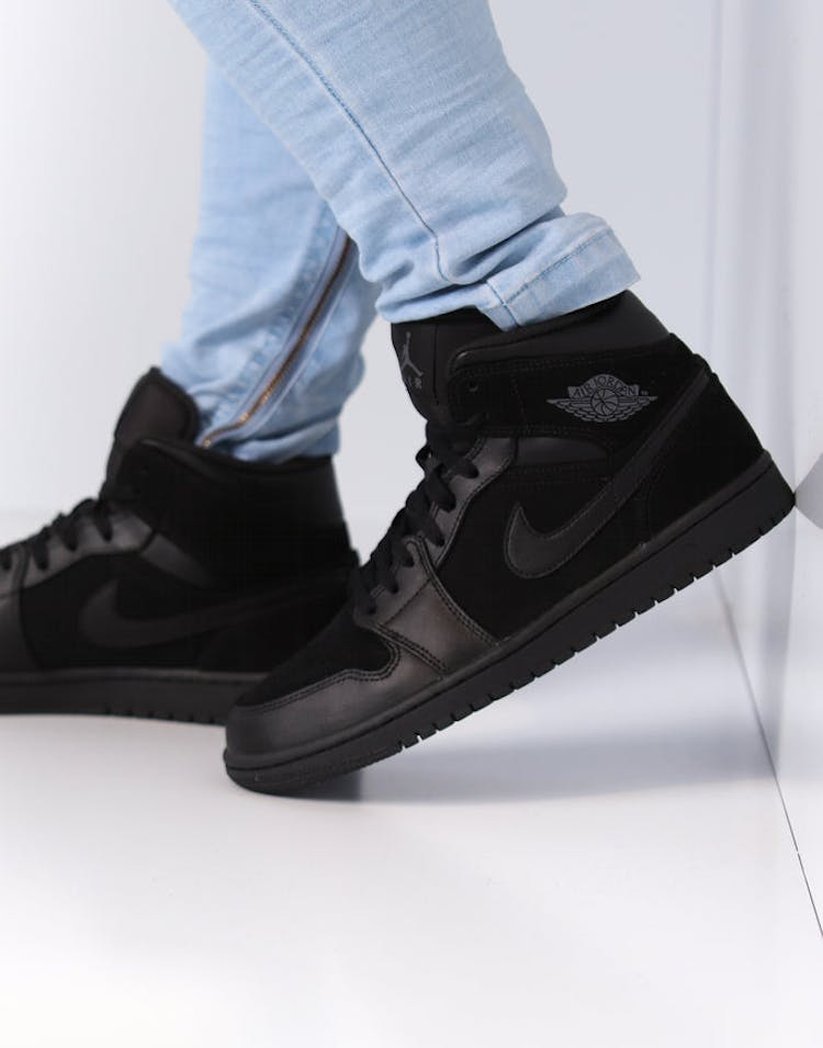 reputable site 10a33 369a0 Air Jordan 1 Mid Black/Dark Grey/Black
