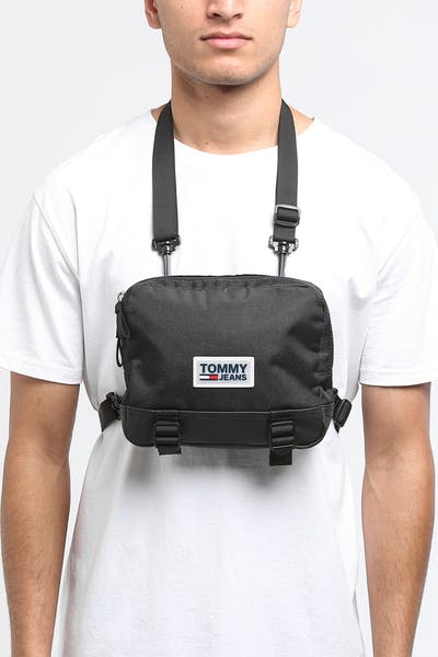 Tommy Jeans TJM Urban Varsity Body Bag Black