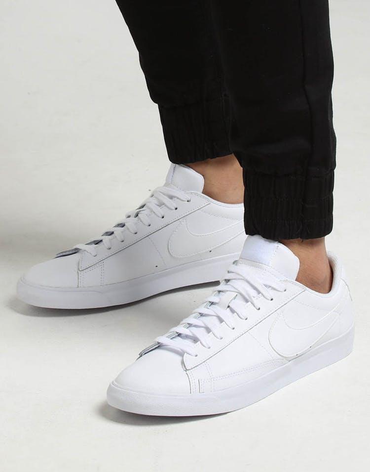 meet 1e6e2 48678 Nike Blazer Low Le White/White/White