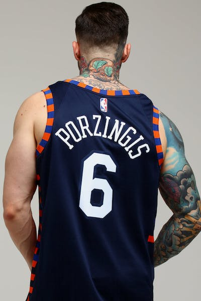 Nike New York Knicks Kristaps Porziņģis  6 City Edition Swingman NBA Jersey  Navy 36441ecef
