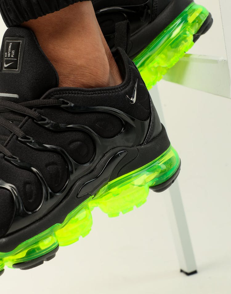 pretty nice 6a361 1f9a8 Nike Air Vapormax Plus Black/Silver/Volt