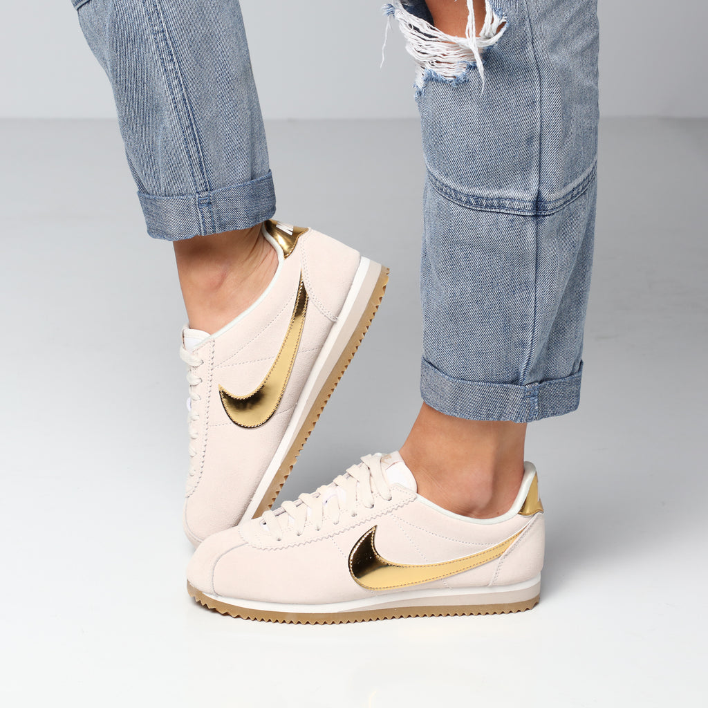 Nike Women's Classic Cortez Special Edition CreamGoldGum