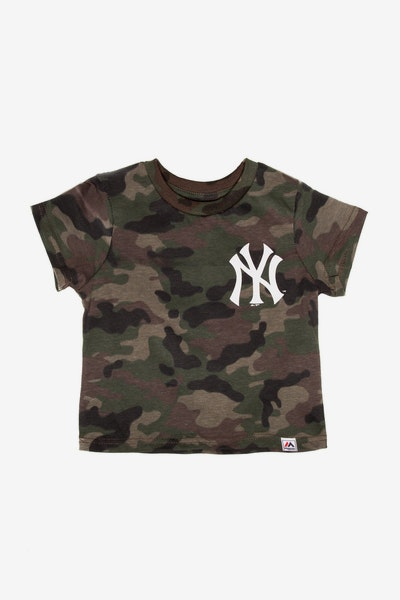 Majestic Athletic Toddler New York Yankees Team Logo Tee Camo/White