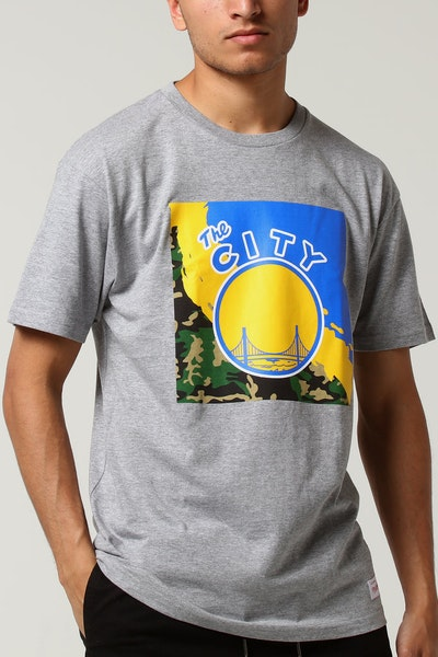 Mitchell & Ness Golden State Warriors Camo Paintbrush SS Tee Grey Marle