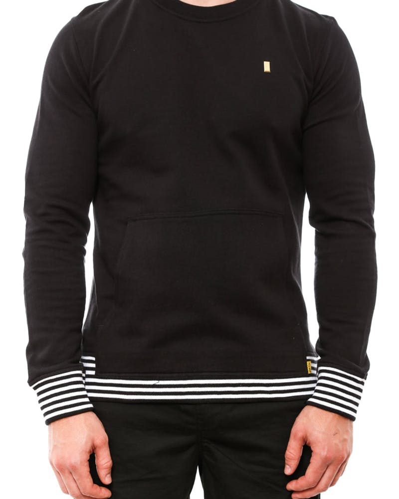 Aura Pocket Crew Neck Black