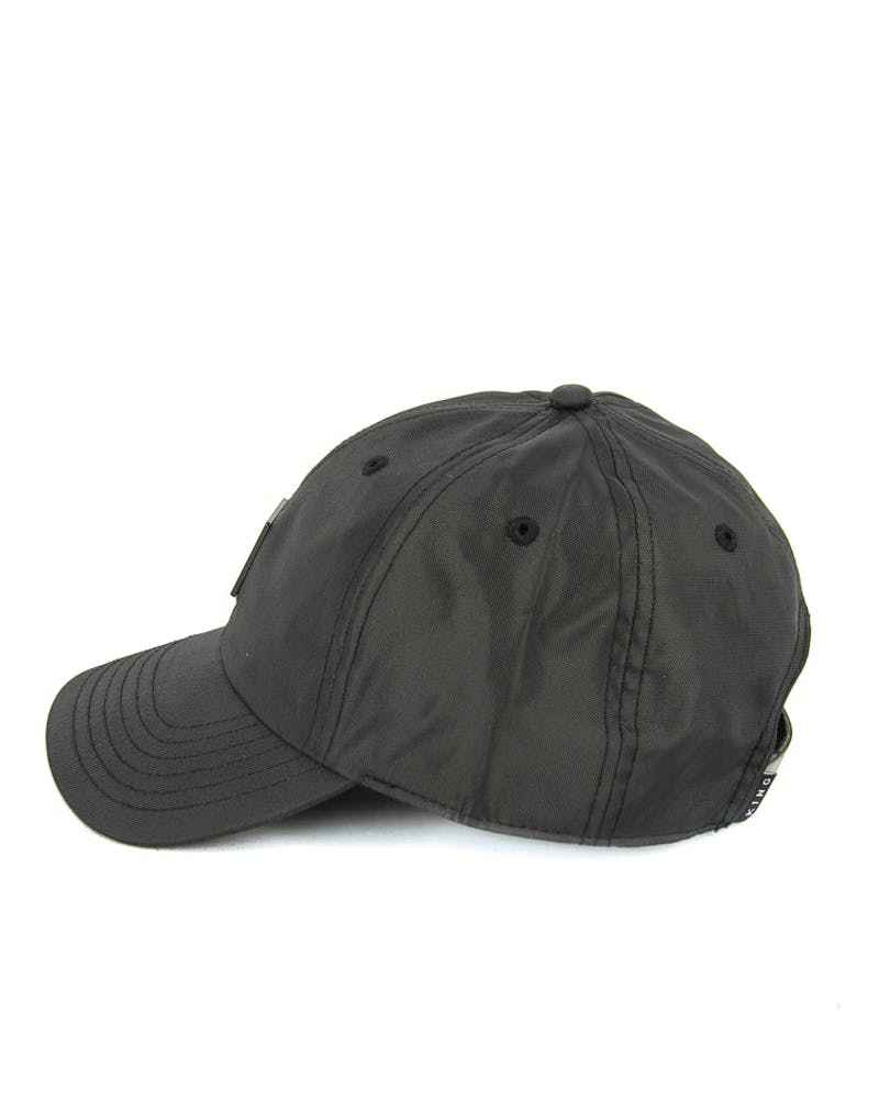 Sterling Tech Curved Strapback Black