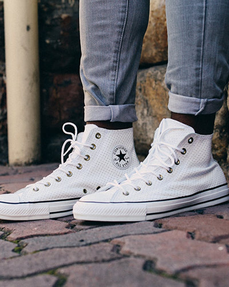 Chuck Taylor Perforated Leather HI White/black
