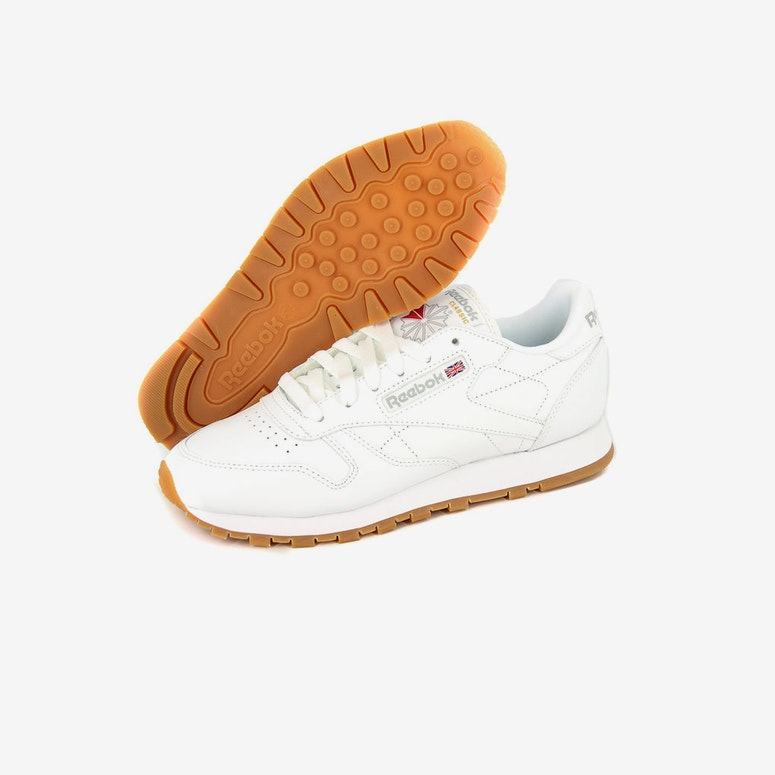 02435575814 Reebok Women s CL Leather White gum – Culture Kings US