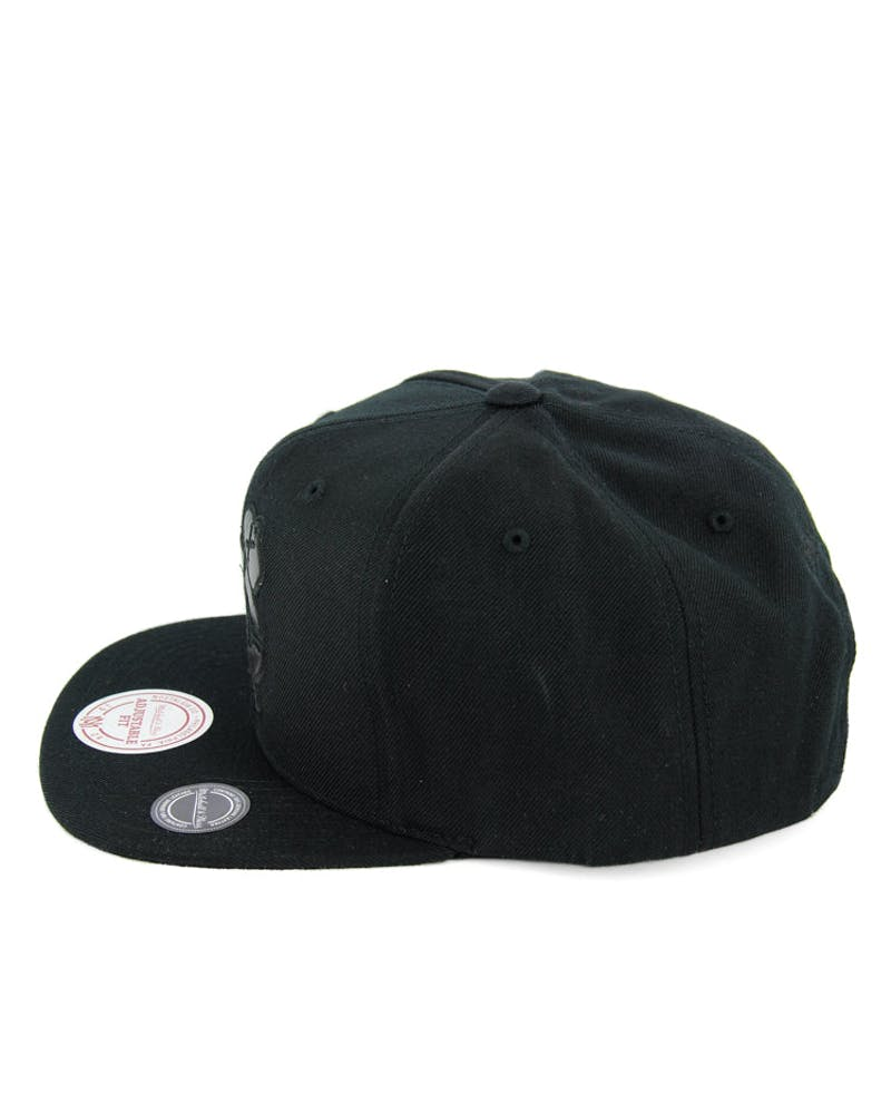 Blackhawks Base Snapback Black/black