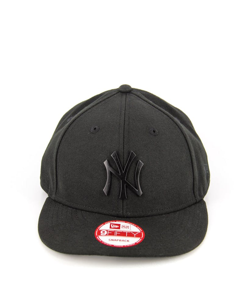 Yankees Low Crown Metal Snapback Black/black