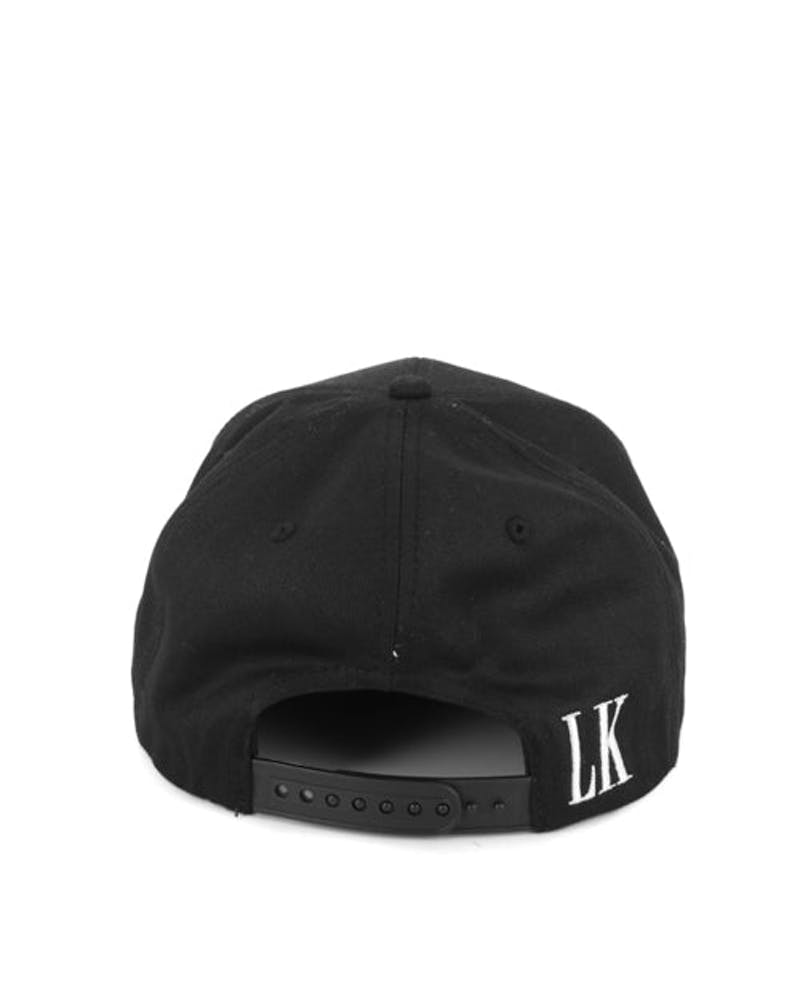 Old English Snapback Black