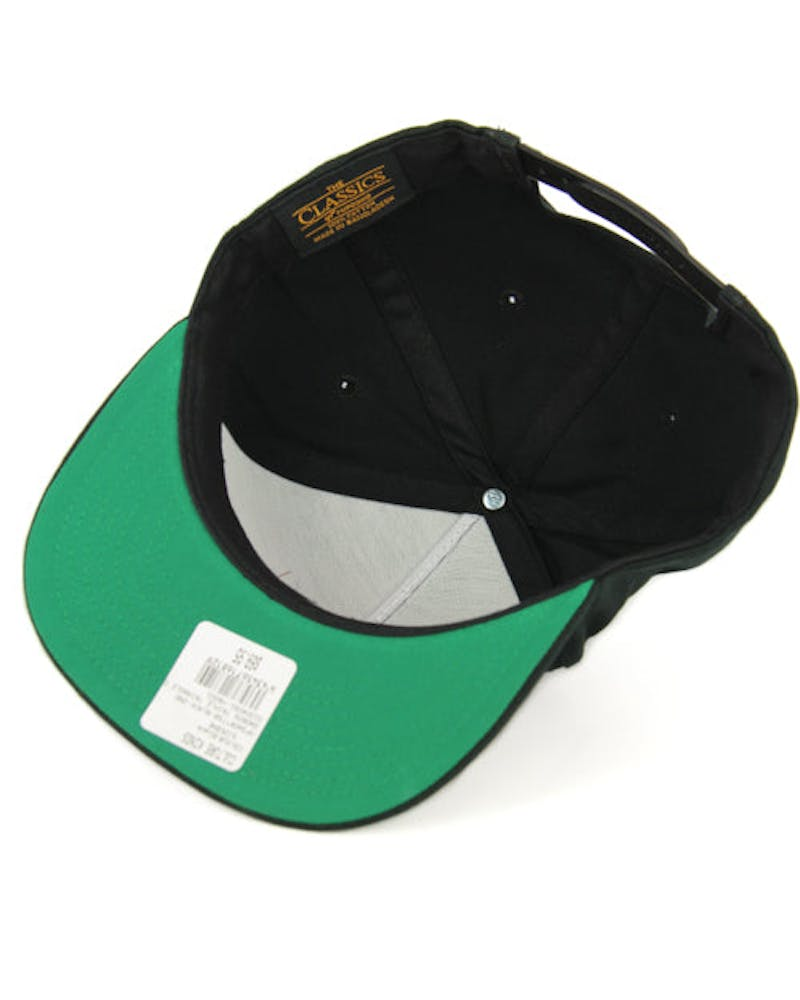 Swords Triple Triangle Cap Black