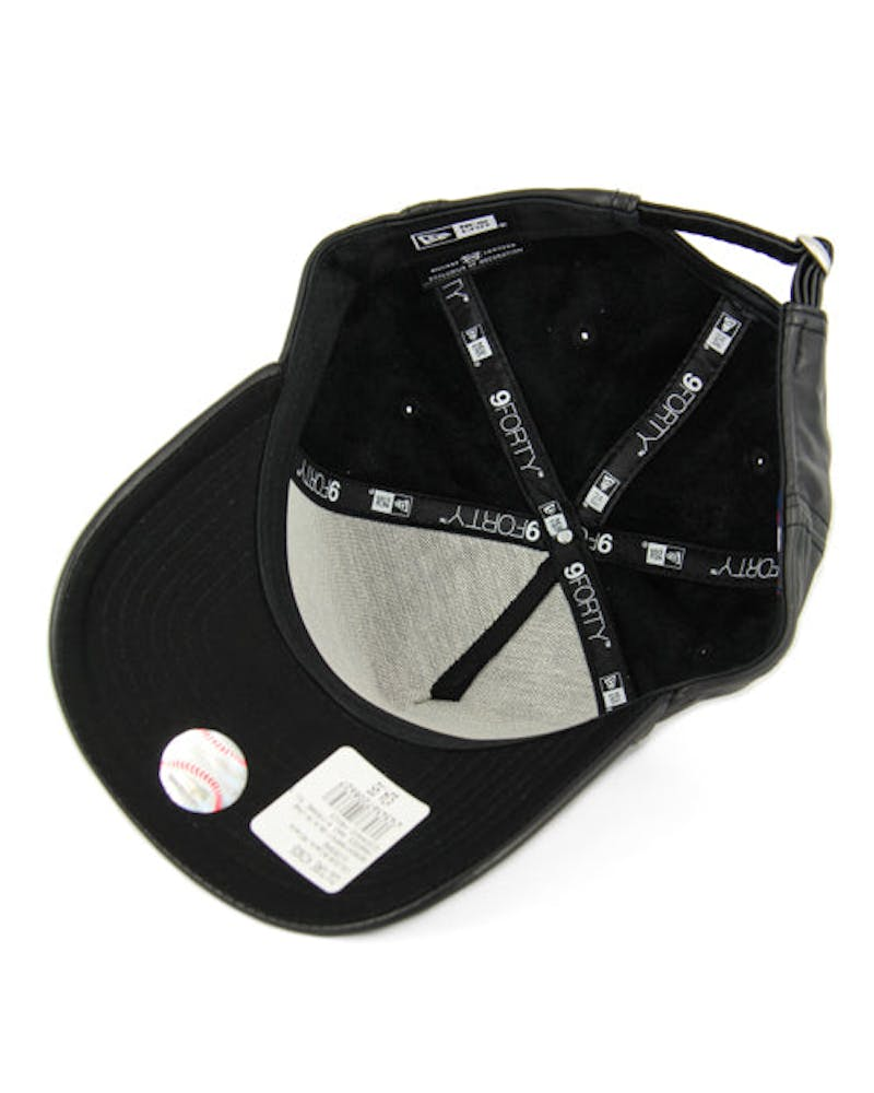 New Era NY Yankees 9FORTY A-Frame PU Leather Strapback Black/black