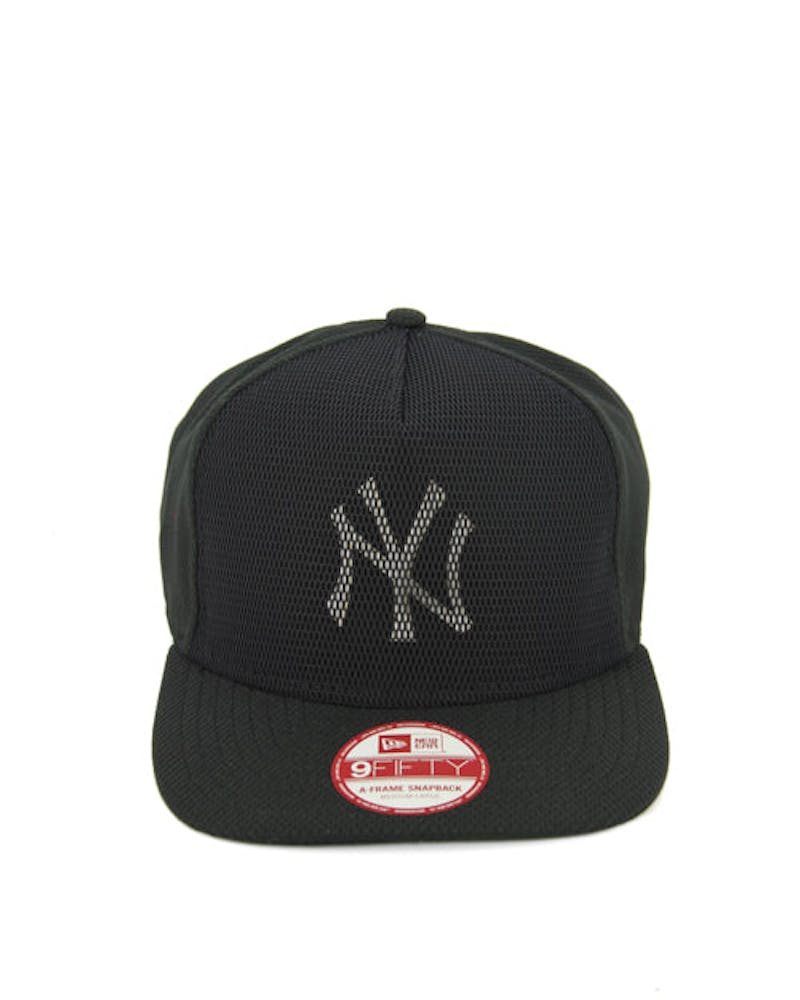 Yankees Mesh of Snapback Black/white