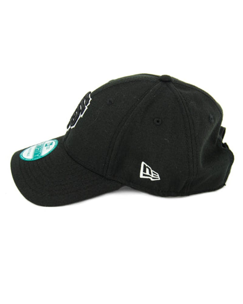 New Era Giants 9FORTY Outline Strapback Black/white