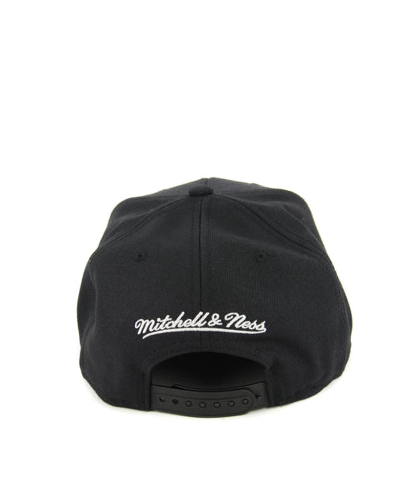 Nets Wool Solid Snapback Black/white