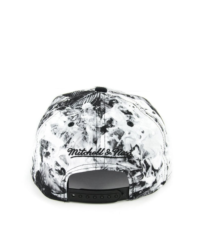 Cavs Exposed Snapback Black/white Flo