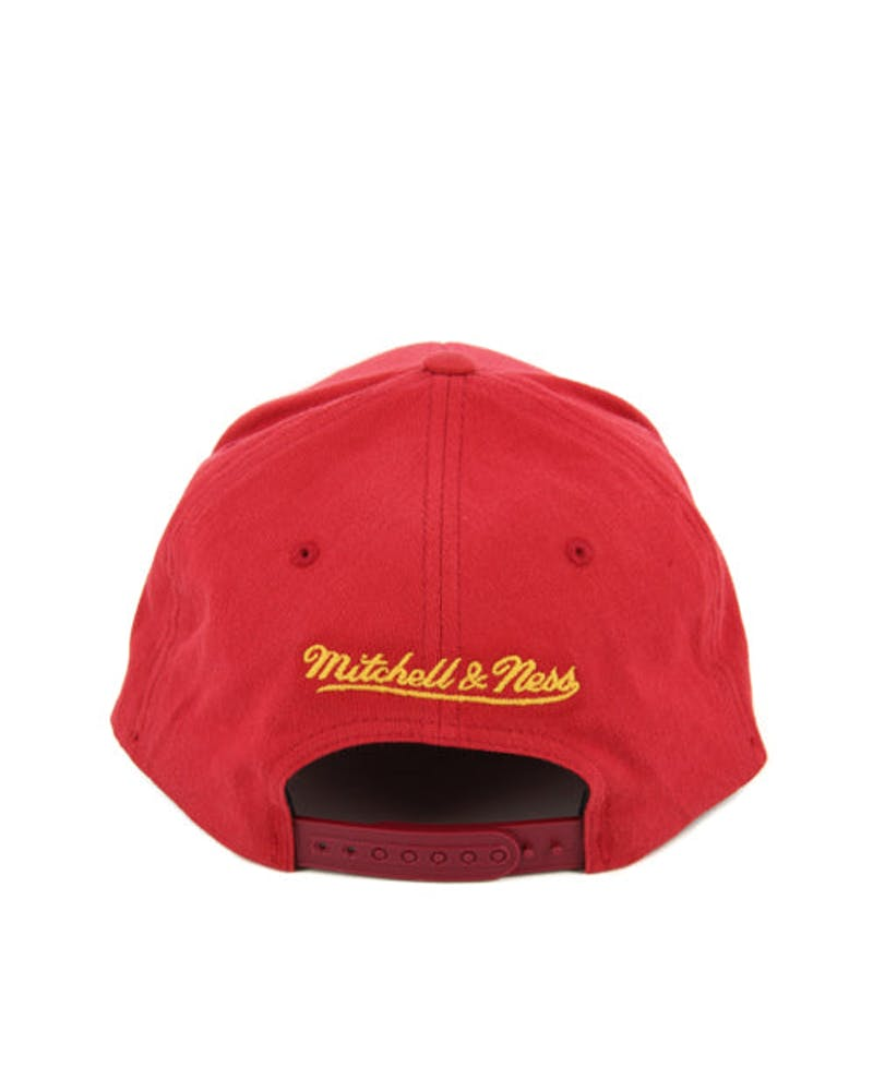 Heat 110 Washed Snapback Burgundy