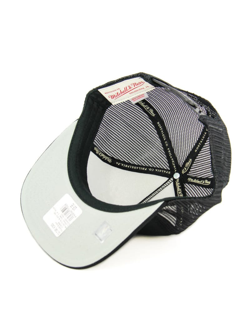 Blackhawks Tonal D-m Trucker Black