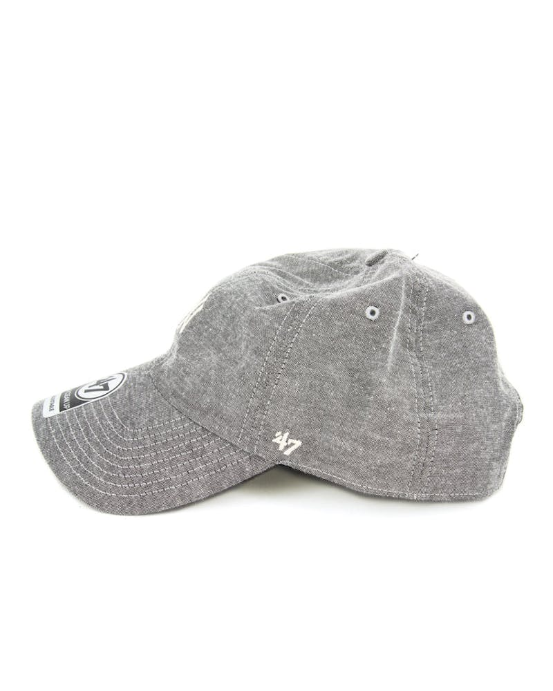Yankees Monument Strapback Grey