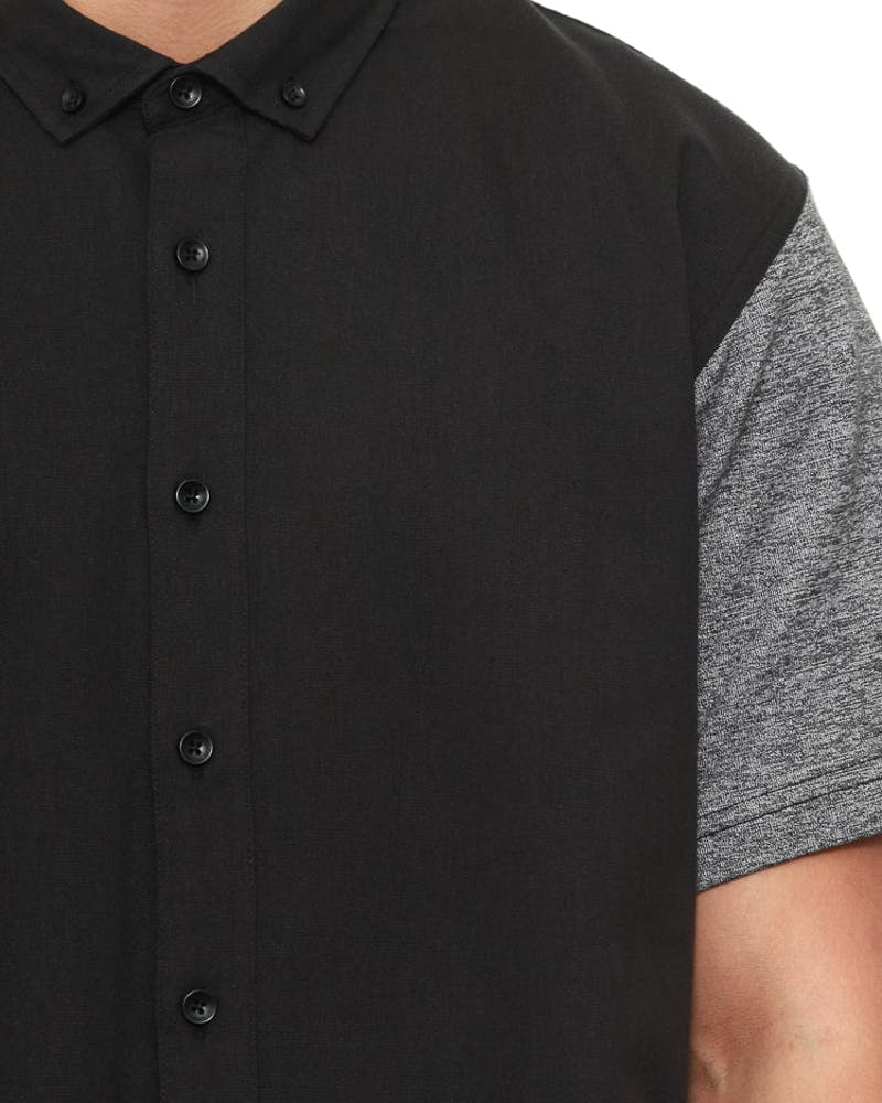Hans Button up Black