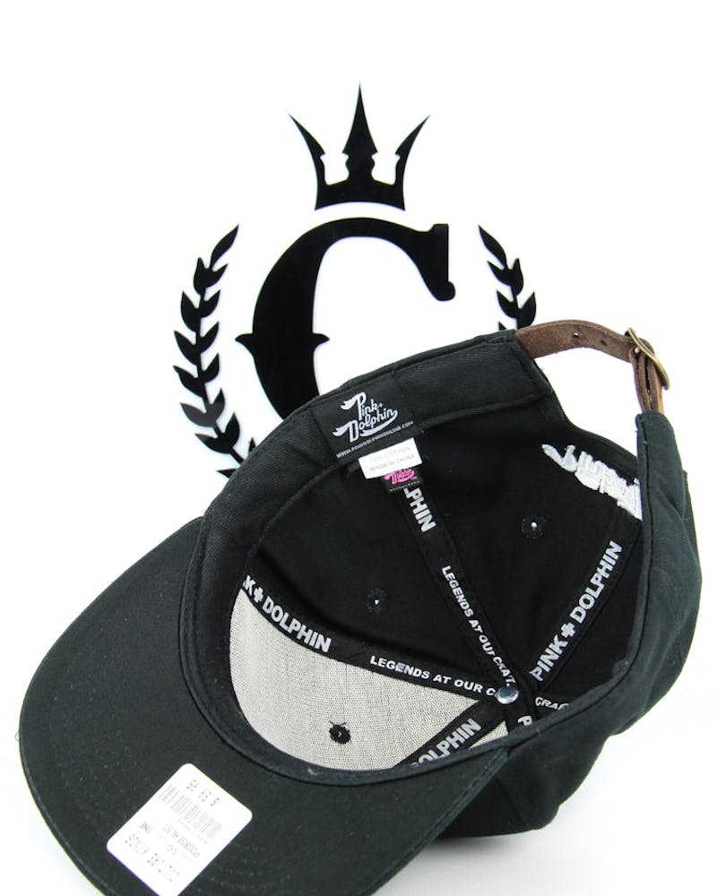 08 Seal Strapback Black