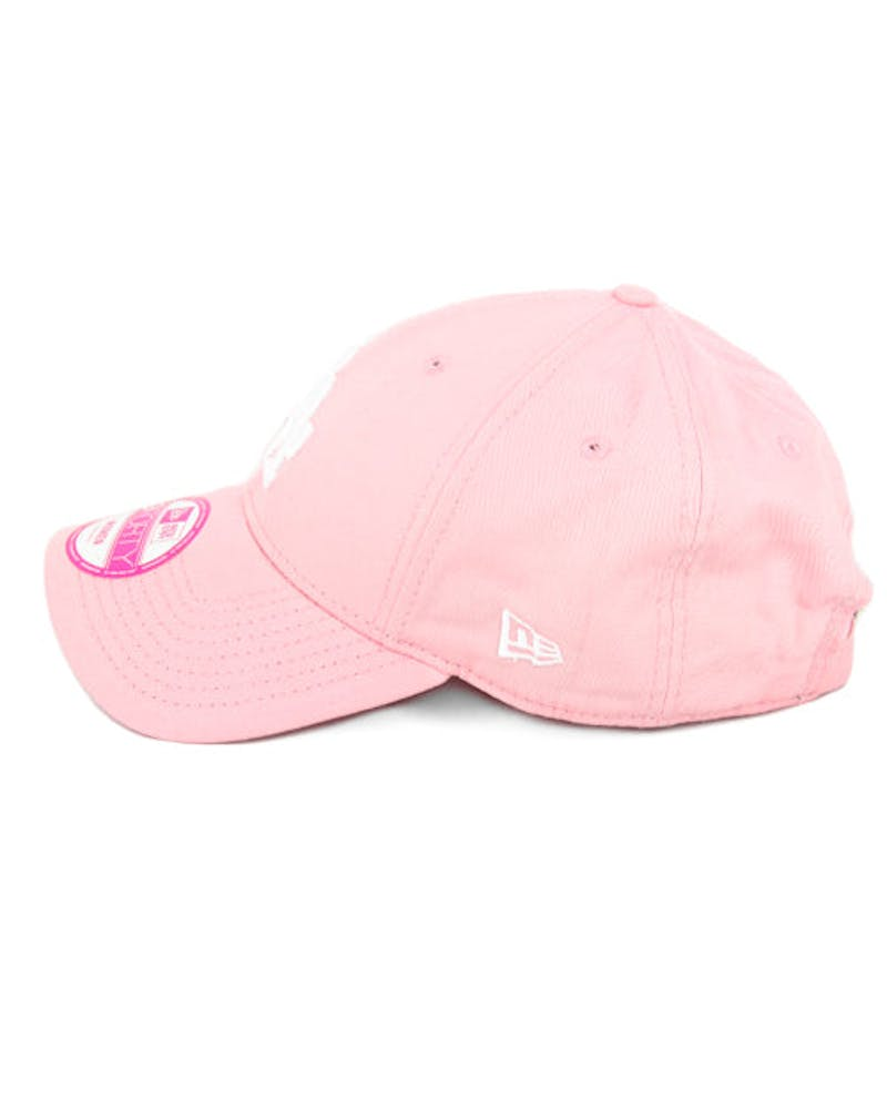 New Era Women's Dodgers 9FORTY Strapback Pink